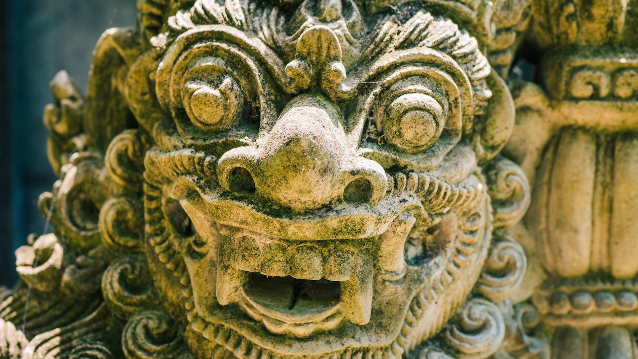 Guardianes y demonios de los templos de Ubud